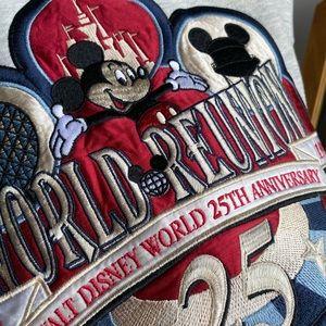 Vintage 1996 Walt Disney World sweatshirt